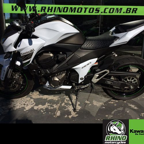 Kawasaki-Z800-ABS-2016-brancah8