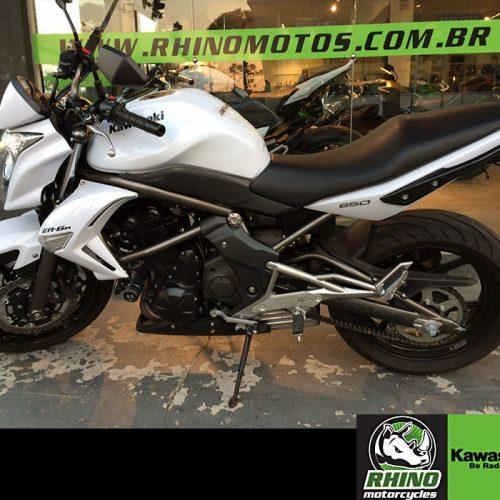 Kawasaki-ER-6n-STD-2011-Brancah9