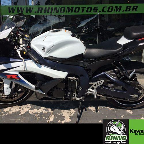 Suzuki-GSX-R-750-SRAD-2012-Brancao3