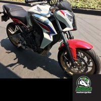 Honda-CB-650-F-ABS-2015-tricolorp3